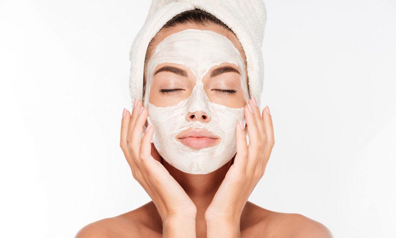 Todas las propiedades de la arcilla blanca y sus beneficios para la piel